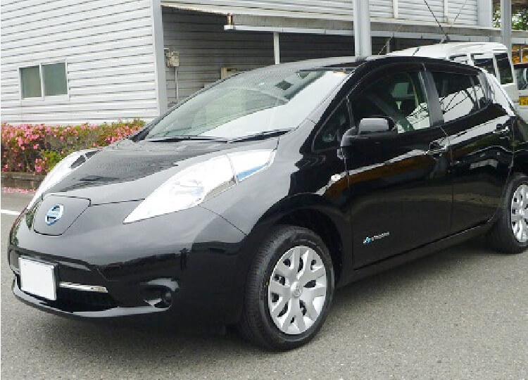日立建設が社内で使用する電気自動車